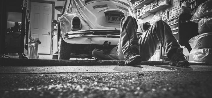 car-repair-362150_1280-1-730x338